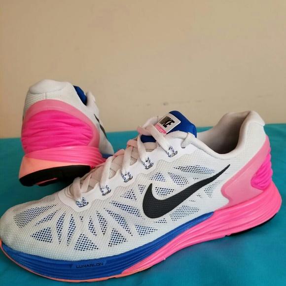 69f930a6c512 Women s Nike Lunarglide 6 Size 7.5. M 5b501ba545c8b3a46bd20eb7